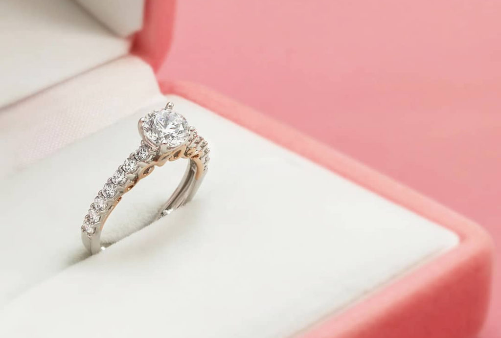 Cincin Solitaire Idola Setiap Wanita V Co Jewellery News