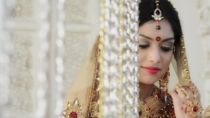 Ragam Perhiasan India yang Menarik Hati - V&CO Jewellery News