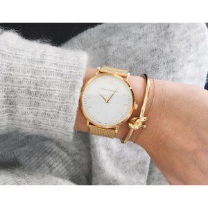 Tips Memadukan Gelang Emas dan Jam Tangan